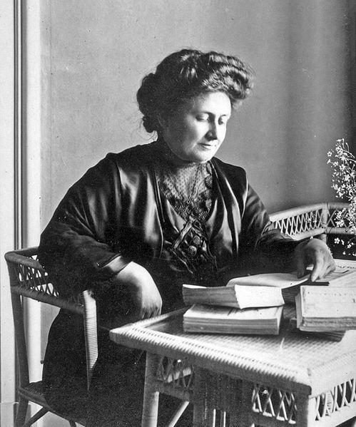 María Montessori in 1913