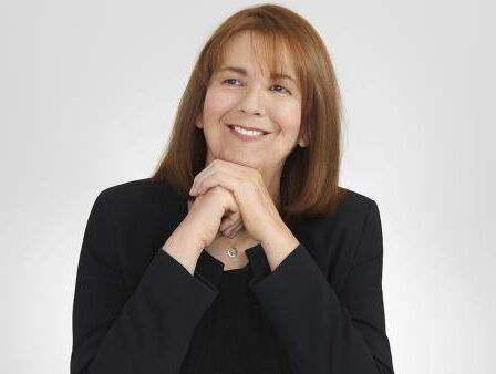 Maria Teresa Ruiz