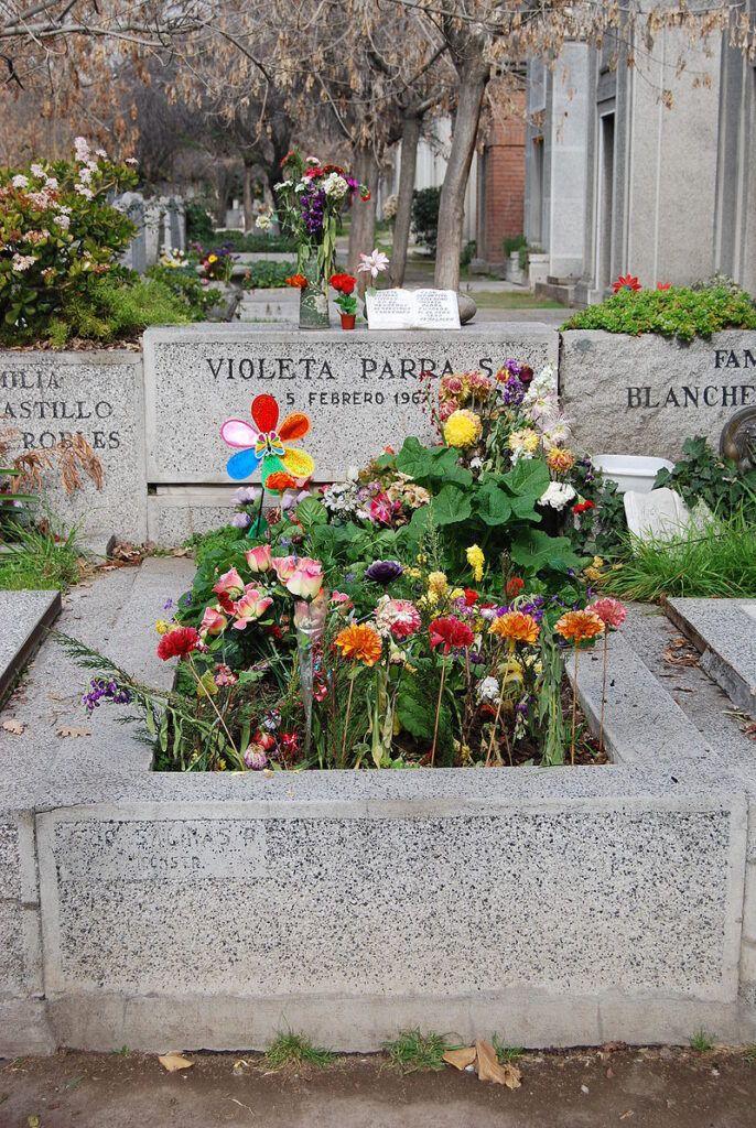 Tomb Violeta Parra