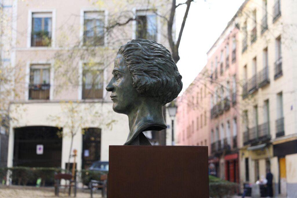 Bust of Clara Campoamor