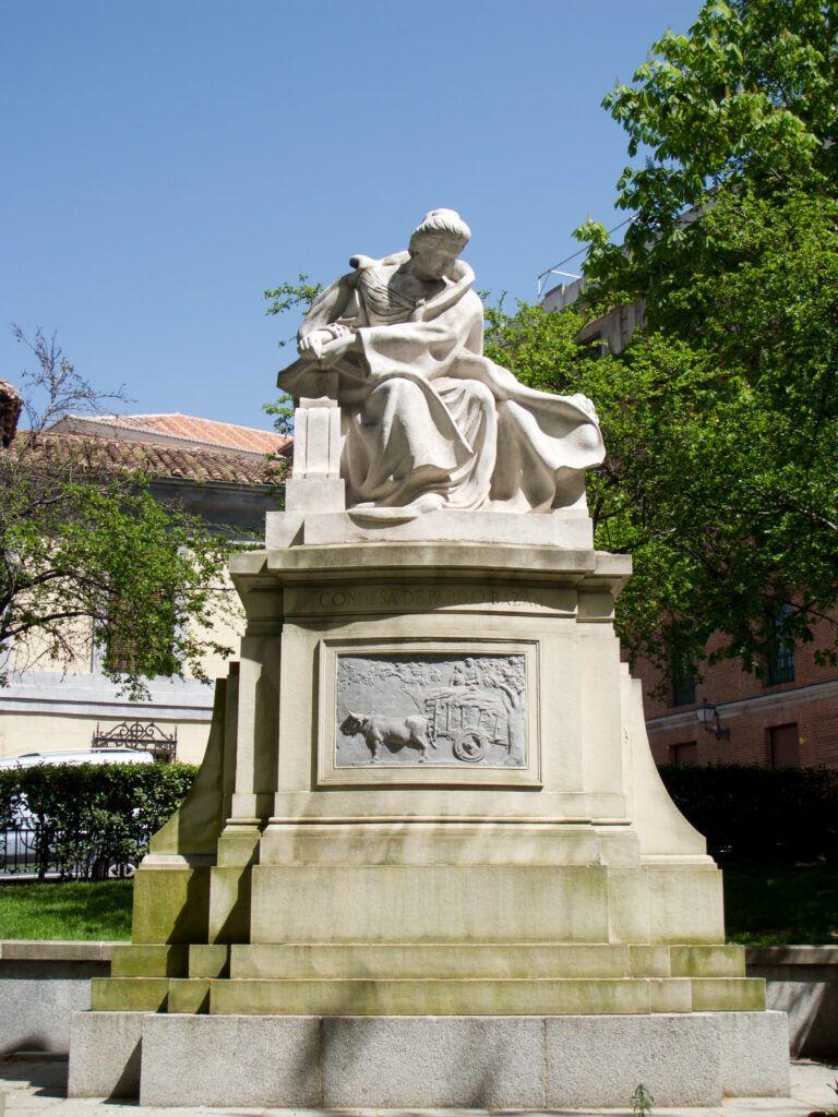 Monument Emilia Pardo Bazan