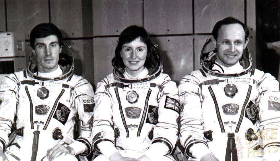 Helen Sharman crew