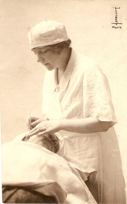Suzanne Noel